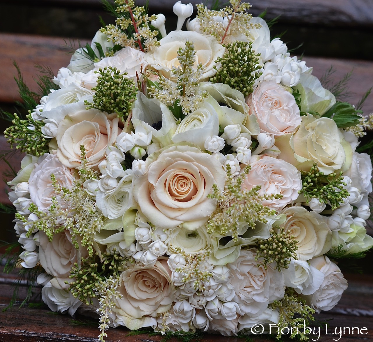 Wedding Flowers Blog Maxines Champagne And Blush Winter Wedding