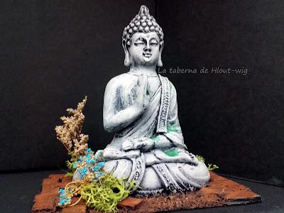 Estatua de Buda  de frente
