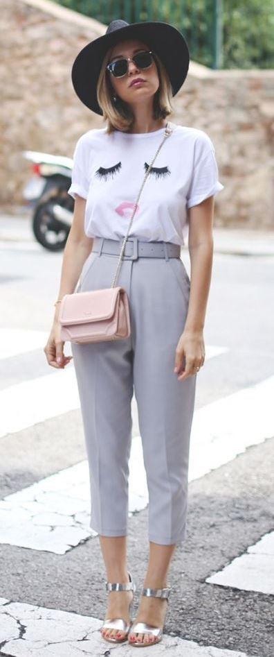 casual outfit inspiration / silver sandals + gery pants + hat + printed tee + pastel bag