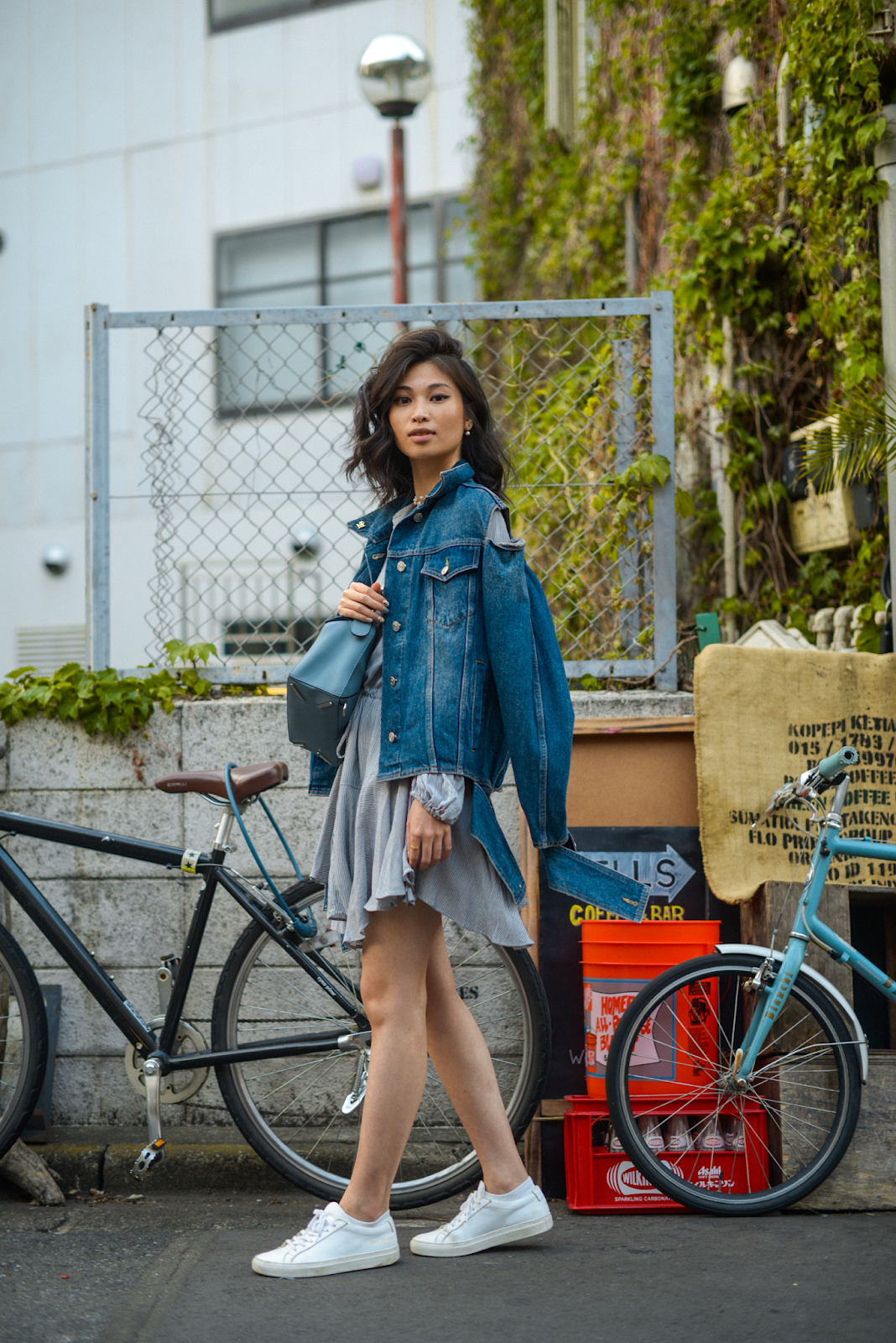Tokyo coffee shops, PELLS coffee and bar, denim jacket and blue dress, Loewe puzzle bag, Tokyo style blogger, FOREVERVANNY