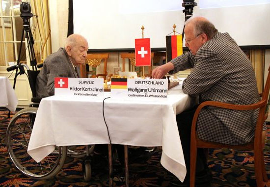 Viktor Korchnoi, grand-maître international d'échecs en 2012 - Photo © Chessbase