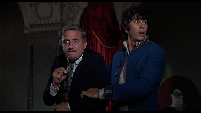 Frank Langella and Ron Moody in The Twelve Chairs