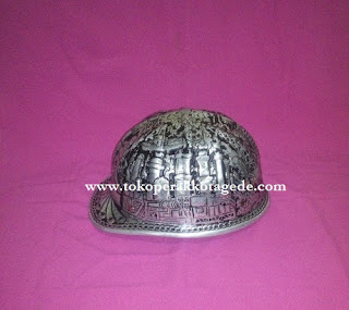 hard hat engraved,hard hat handmade engraved,helmet safety, helm safety pertambangan perak,helm safety pertambangan minyak