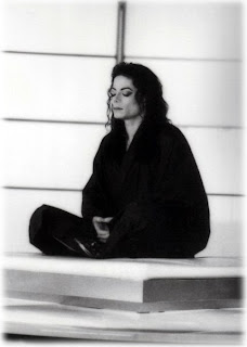 MJ Scream Meditate