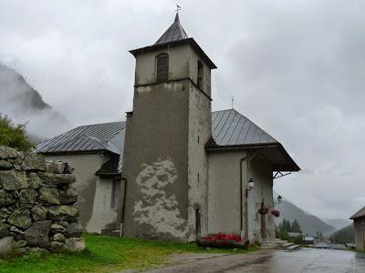 フランスとスイスの国境 ヴァロルシーヌ 教会