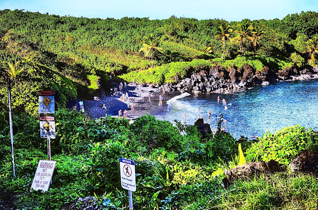 Honomanu Bay Overlook