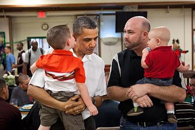 barack-obama-listens-to-whispering-child