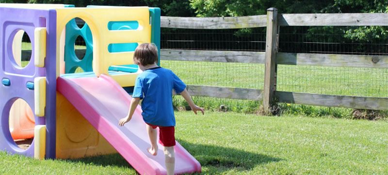 35 Fun Easy Things To Do In Your Backyard This Summer
