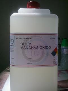 Producto de desmanchado formulado para eliminar manchas de óxido en los textiles