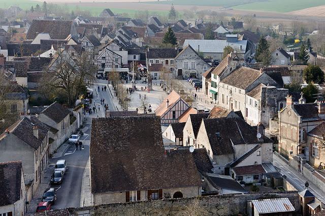 Cidade de Provins perto de Paris
