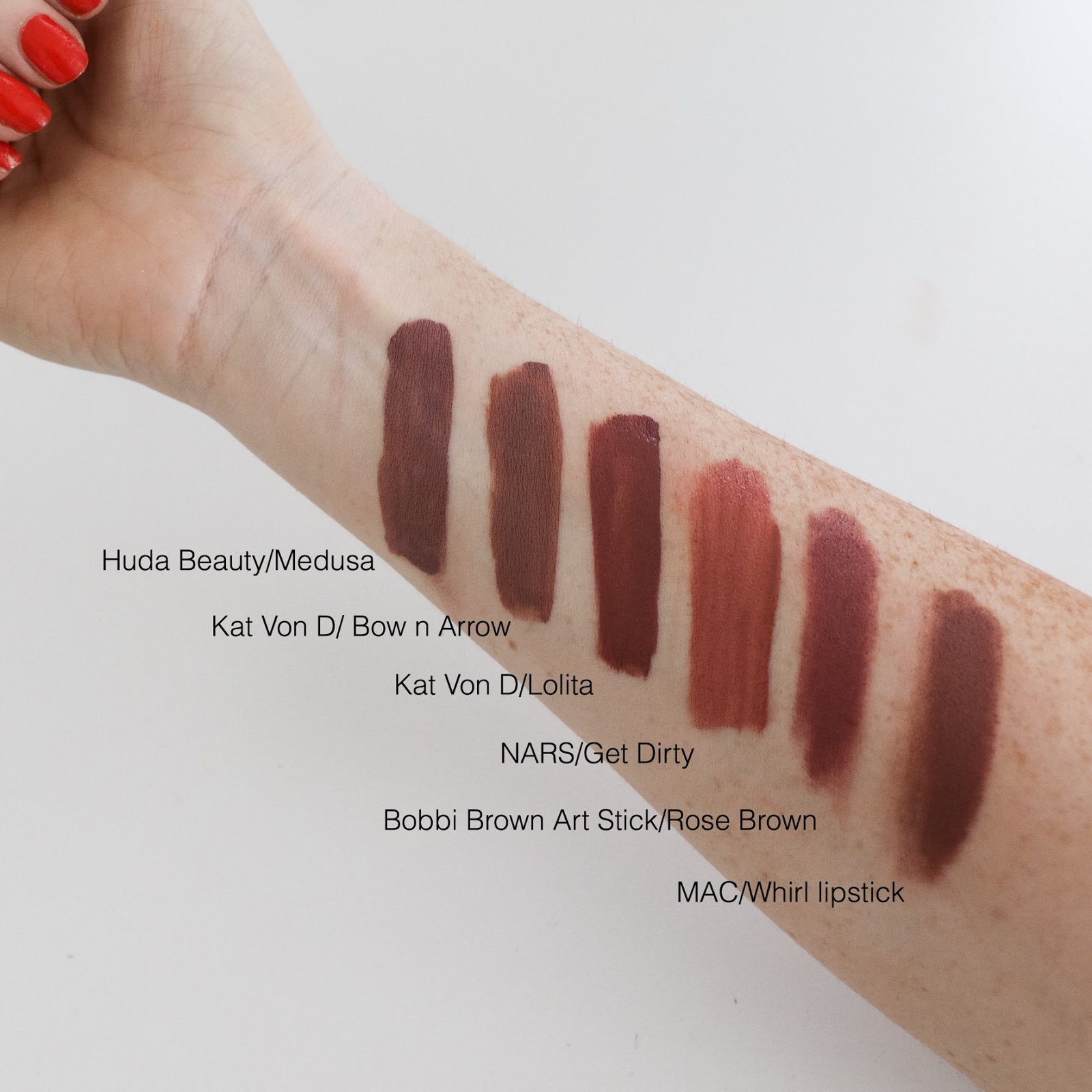 Liquid Matte Lipstick by Huda Beauty #16