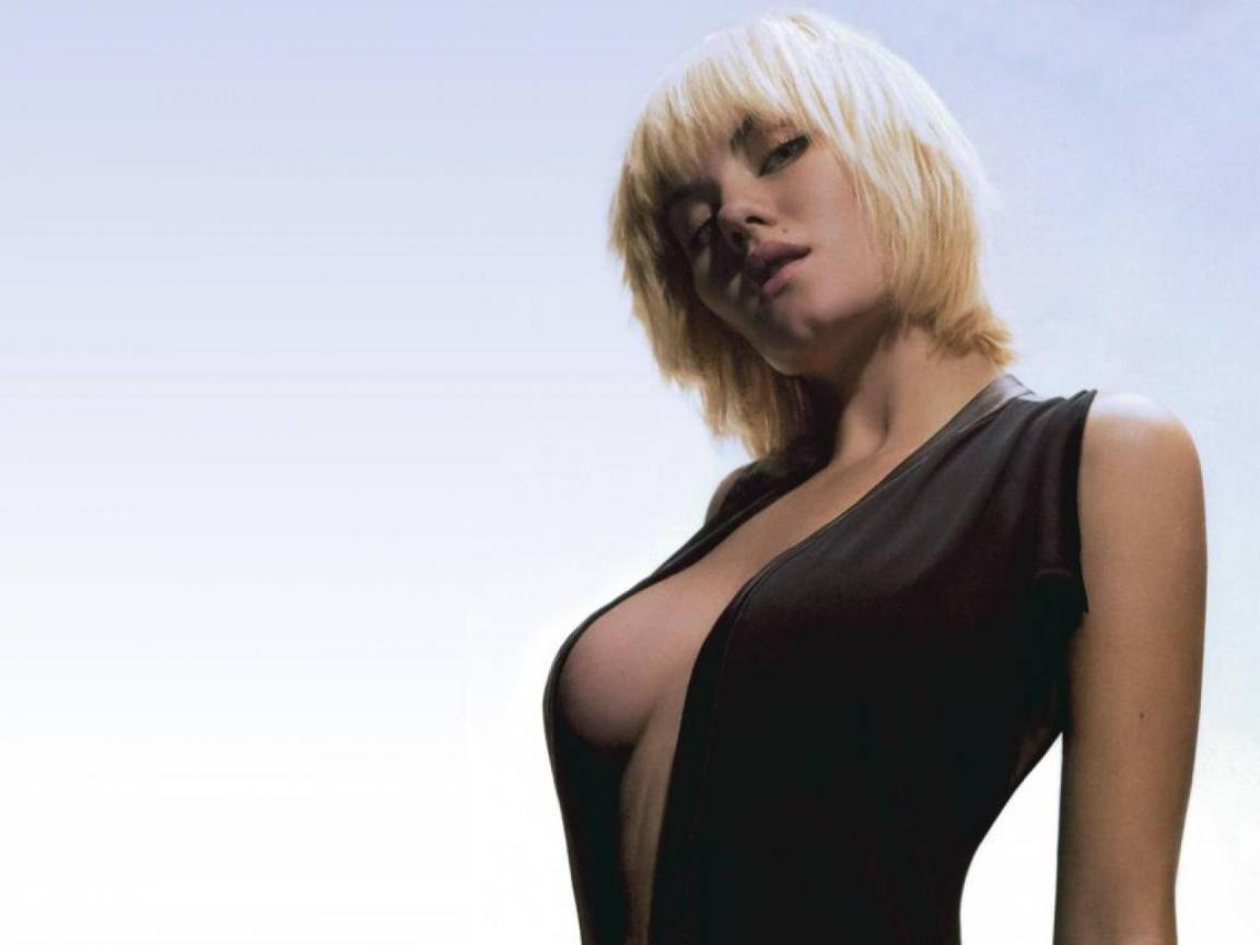 Elisha cuthbert girl next door mmmmmm 2