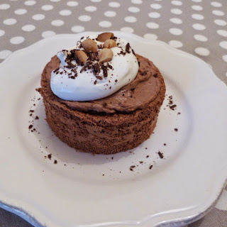 https://danslacuisinedhilary.blogspot.com/2015/04/angel-cakes-chocolat-et-beurre-de.html