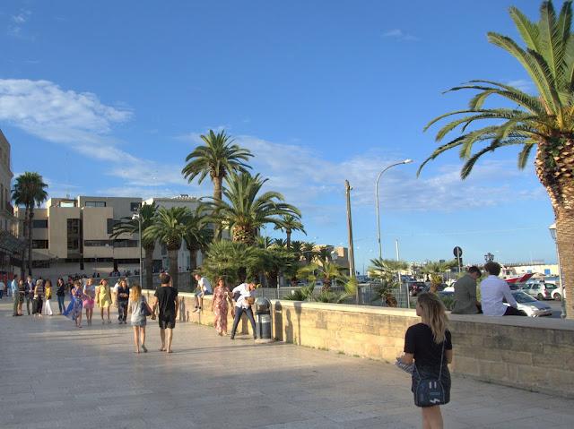 klimat Bari, miasto, Apulia, Włochy