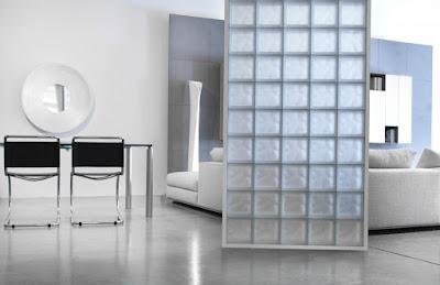 Decoración y separadores con cristal