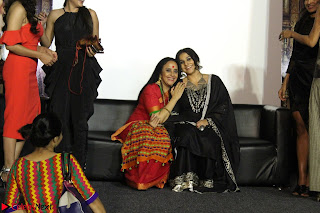Vidya Balan with Ila Arun Gauhar Khan and other girls and star cast at Trailer launch of move Begum Jaan 004.JPG