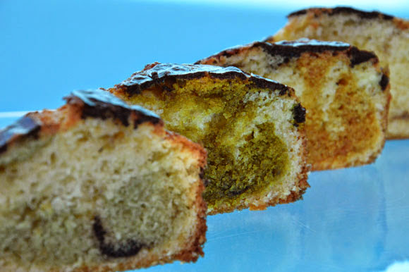 Cake met natuurlijke kleurstoffen