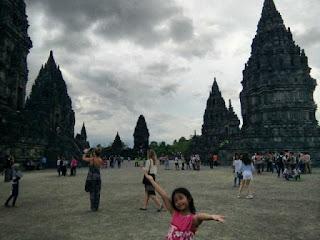 Paket Wisata Jogja 1 Hari Candi Prambanan