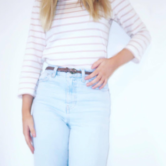 Outfit of the day- Mom Jeans & Pink Stripes!