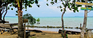pemandangan pantai timo karimunjawa