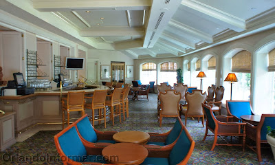 The Disney Monorail Pub Crawl Mizners Lounge