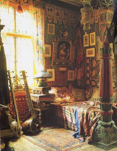 Comprehensive Bohemian Style Interiors Guide To Use In: Moon To Moon: Minor Swing... Eclectic Bedrooms To Bring