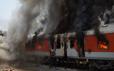 Andra Pradesh Express Burning Train Gwalior