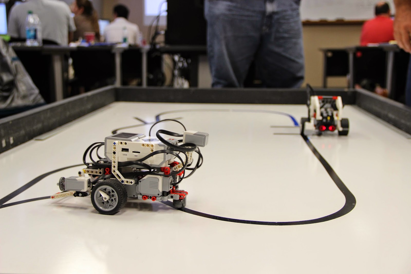 Brentwood School Middle School Robotics: Robotics Academy PD