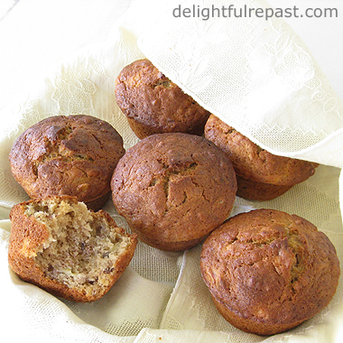 Small-Batch Banana Muffins / www.delightfulrepast.com