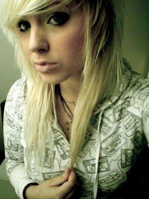 Pleasing Assyams Info Blonde Emo Hairstyles Emo Hair Styles Emo Short Hairstyles Gunalazisus