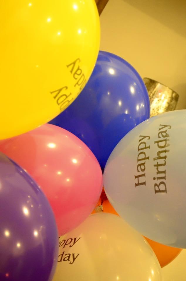 piumi hansamali birthday balloons