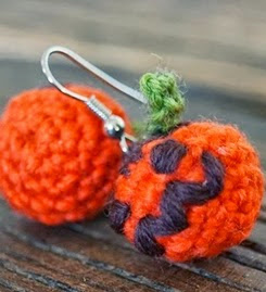 http://translate.googleusercontent.com/translate_c?depth=1&hl=es&rurl=translate.google.es&sl=en&tl=es&u=http://zoomsnoren.blogspot.dk/2013/10/halloween-pumpkin-earrings-diy-in.html&usg=ALkJrhh0t7cBseq2rq61QoT9PEo2vjNVzw
