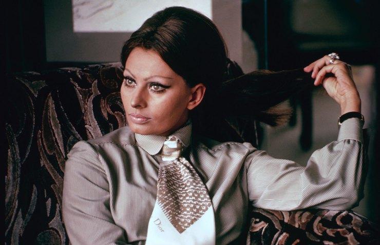 Sophia Loren At Home In Italy 1964 Vintage Everyday
