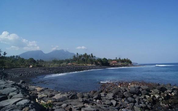 Wisata Pantai Jasri Bali