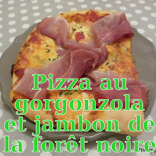 http://danslacuisinedhilary.blogspot.fr/2014/02/pizza-au-gorgonzola-et-jambon-de-la.html