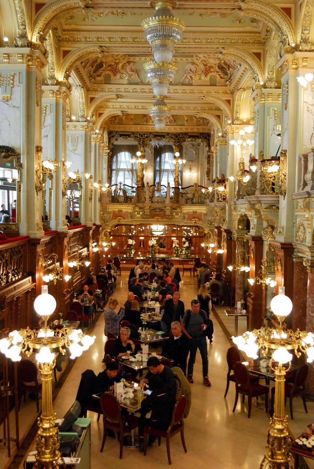 new york cafe restaurant budapest guide itinerary instagram worthy spot sights landmarks hungary