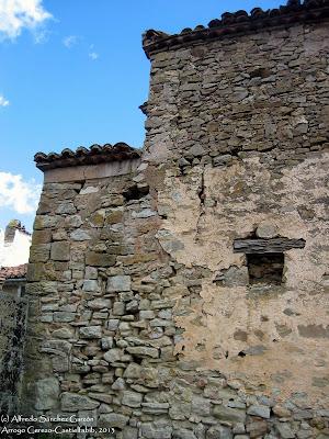 arroyo-cerezo-iglesia-san-joaquin-fachada-detalle
