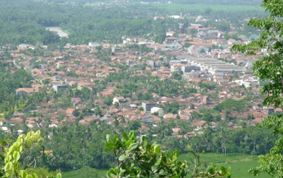 Tempat Wisata Puncak Geger Menjangan Purworejo