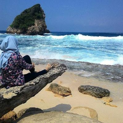 Pantai Ngudel Jatim