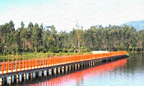 jembatan-merah-situ-ciluenca-notes-asher-tempat-selfi-asyik-di-panglegan