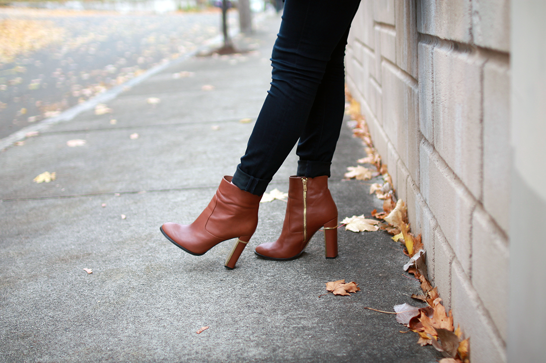 boston style blogger; boston fashion blogger; shein collaboration; boston blogger fall; calvin klein karlia bootie