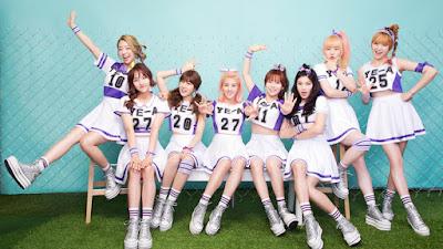 Grup ini merilis singel pertamanya berjudul U Girband Ye-A
