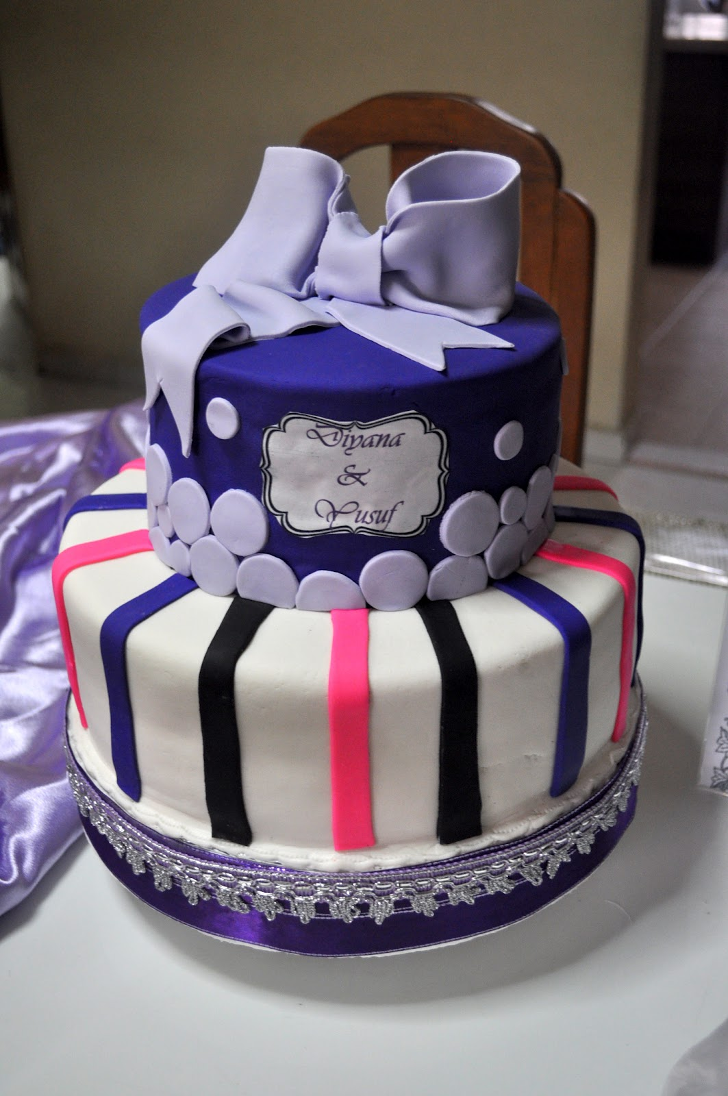 wedding cake stripes and polka dots izah s kitchen polka dot and stripes wedding cake 25766