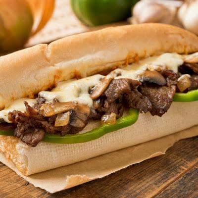 ساندوتش ستيك بالجبنة (فيليه)