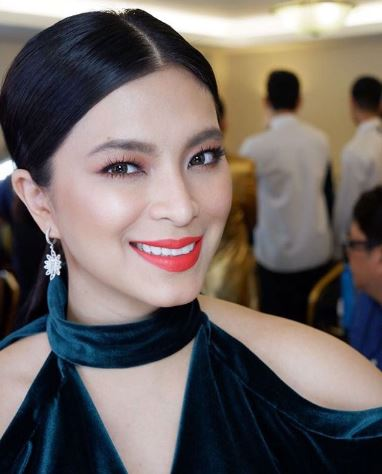 Fan Shares How Angel Locsin Kindly Accommodated His Mom