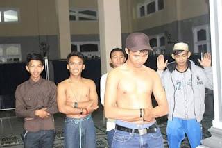 Lima Remaja Lampung yang Hina Islam Kini Di Buru Polisi - Commando