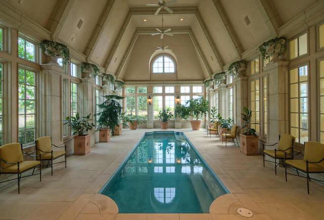 Champ dOr Mansion  An Opulent Estate in Hickory Creek