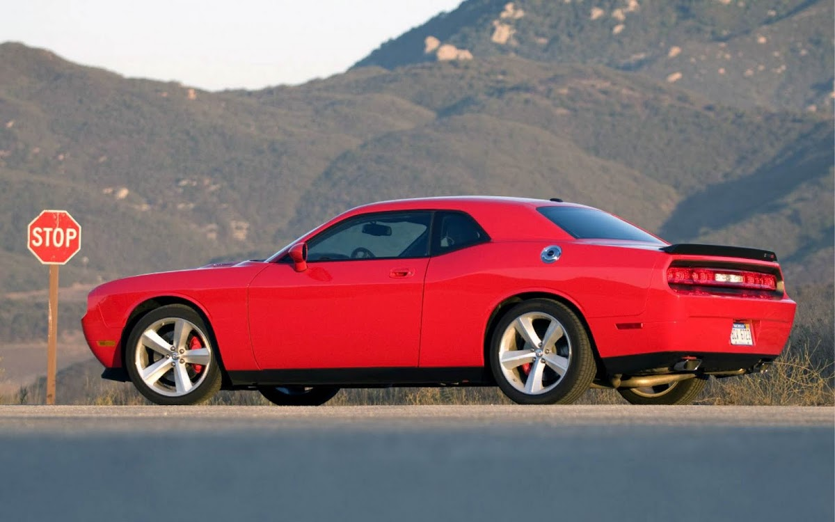 Dodge Challenger Widescreen HD Wallpaper 9