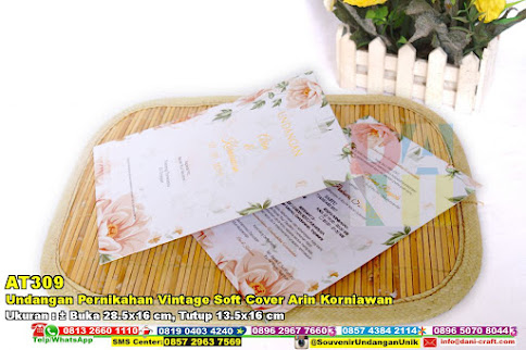 Undangan Pernikahan Vintage Soft Cover Arin Korniawan