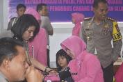 Polisi Dan Bhayangkari Polres Kepulauan Selayar Di Vaksin Difteri